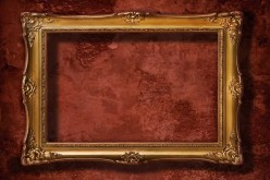 Using Frames to Fill Up Negative Wall Space