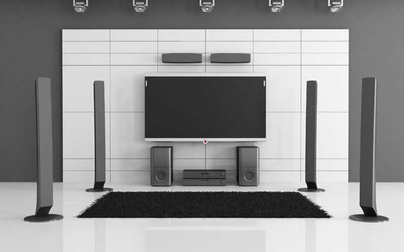 How to Build a Home Theater and Must-Haves to Include