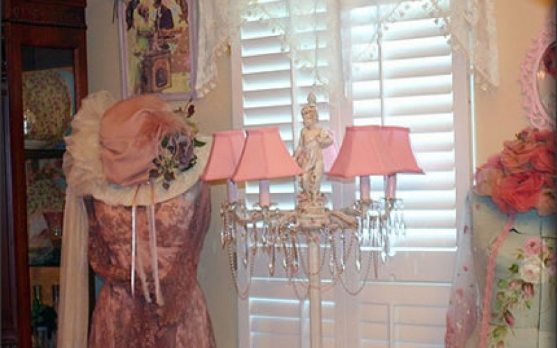 Shabby Chic: Home Decor Projects that Will Add Some Bling Without Too Much Ka-Ching