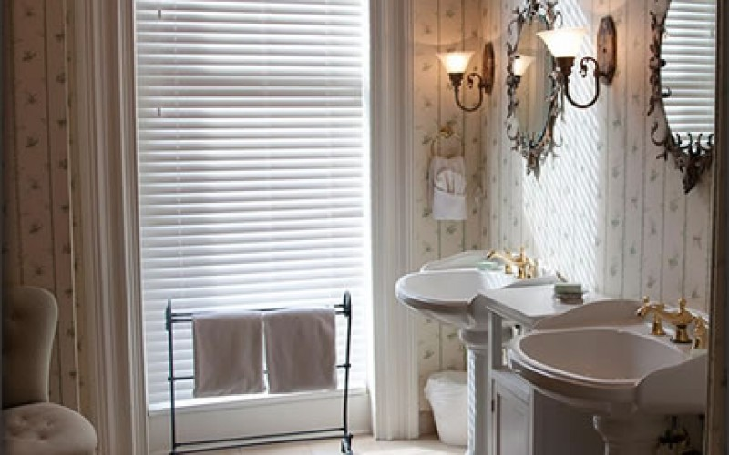 Top Finishing Touches for Your New Bathroom