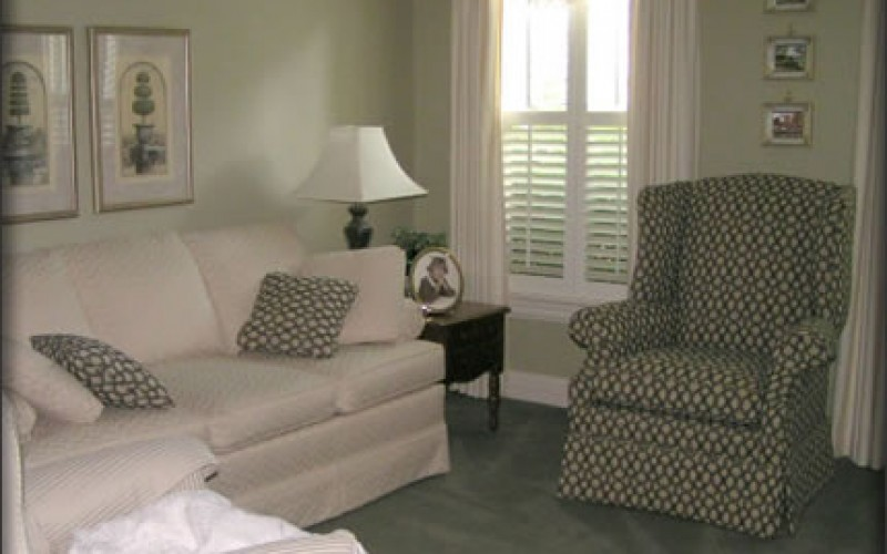 Interior Decorator: Hire One or Not?