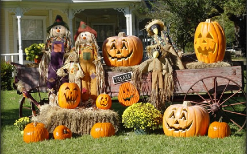How to Take your Halloween Decorations up a Notch in 2013