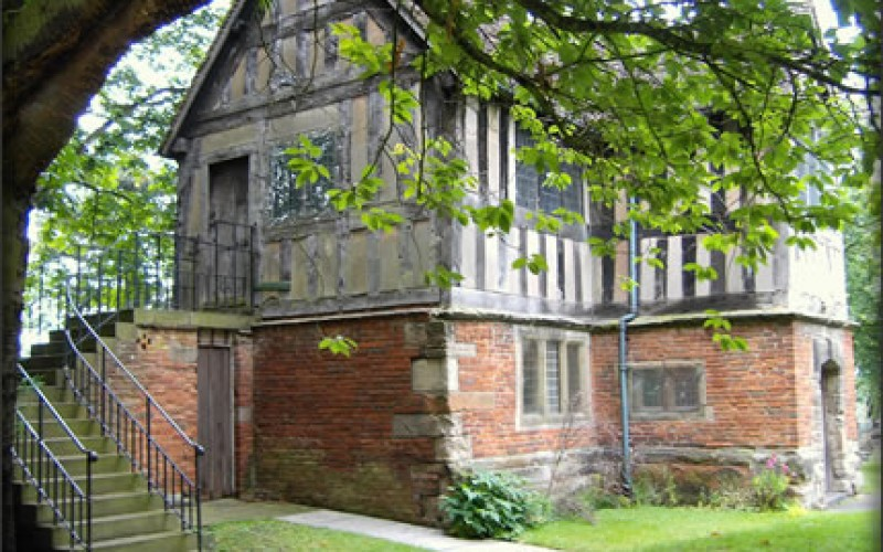 5 Ways to Give Your Home an English Tudor Flair