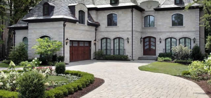 Mashing Pavement with Elegance: Design Ideas for Home Driveways
