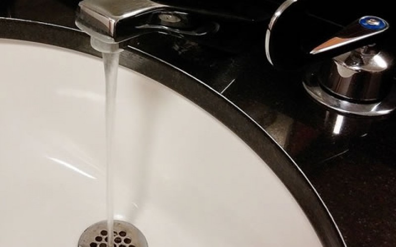 7 Sure Signs You Need New Plumbing