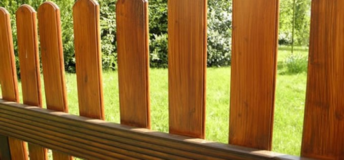 5 Secrets to Choosing the Right Fence for Your Home