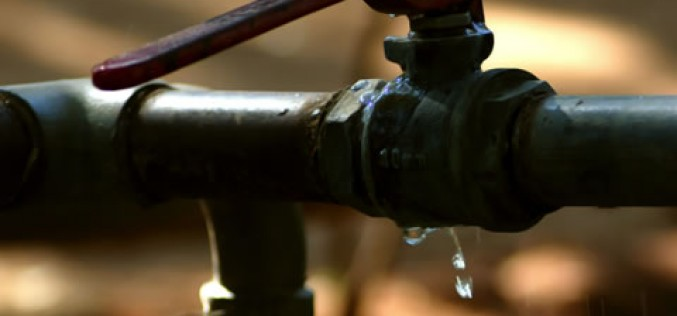 Ten signs that you need a plumber right now