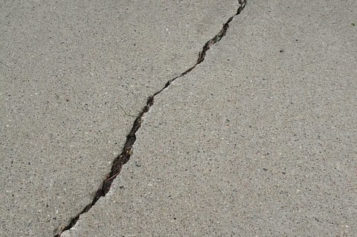 4 Signs Your Driveway Needs to be Repaired