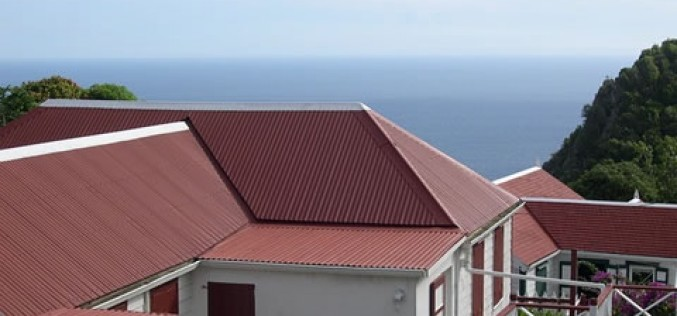 5 Reasons to Install a Metal Roof on Your Home Before Summer