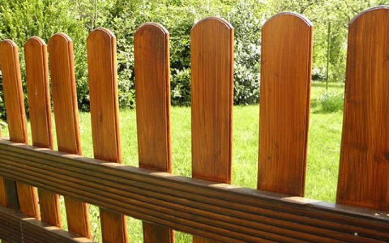 DIY Garden Fence Building: 15 Steps