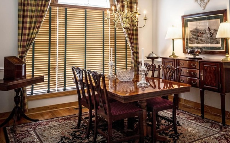 How Can the Right Window Treatments Increase the Value of Your Home?