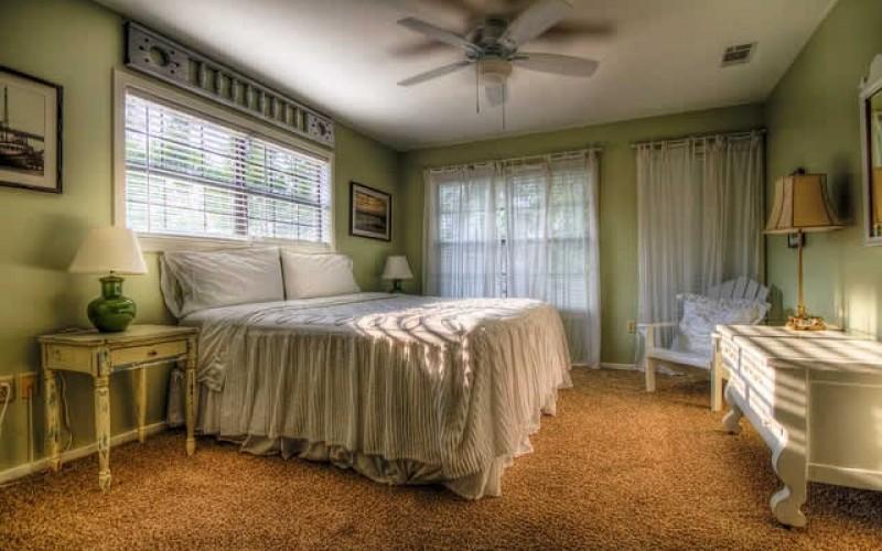 5 Budget Friendly DIY Bed Frame Ideas