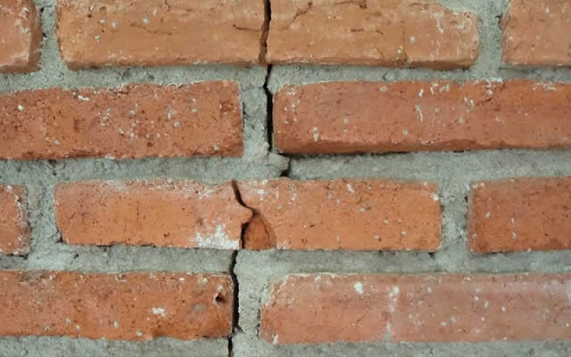 Four Indicators of Foundation Damage That You Need to Know