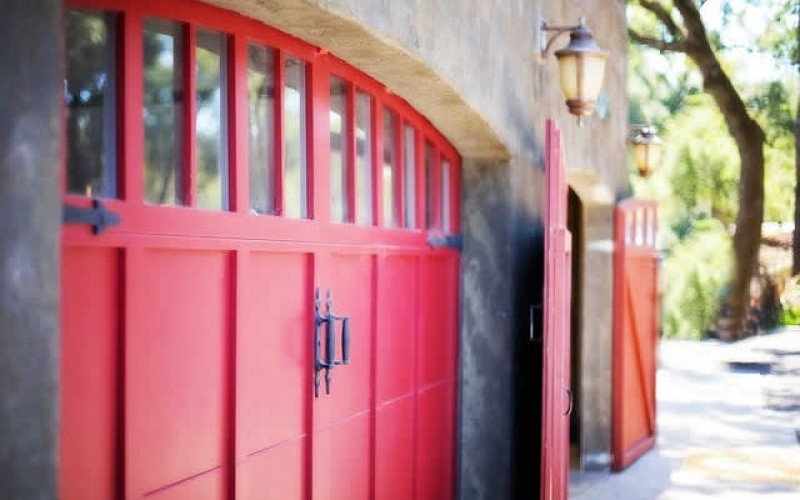 Beauty and Utility: Ideas for Remodeling Garage Doors