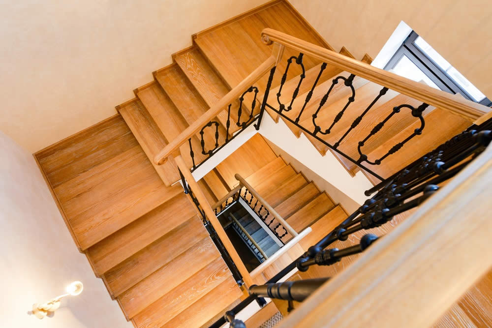 wooden-staircase2
