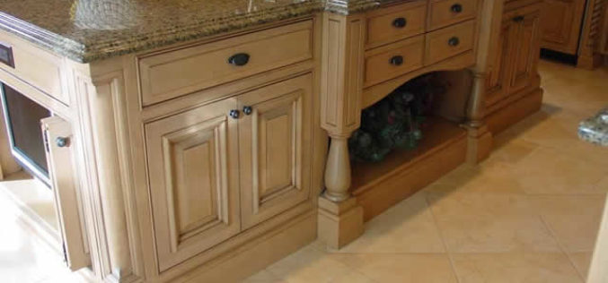 Distinguish Kitchen Cabinet Makers and Buy Only Quality Products