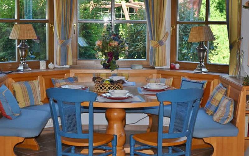 <span>Weekly Tip for Nov 20:</span> Home Dining Room