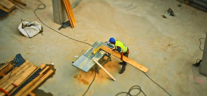 For Roofers, Contractors, Painters and DIYers: Top Tips for Buying Building and Renovating Supplies in Bulk