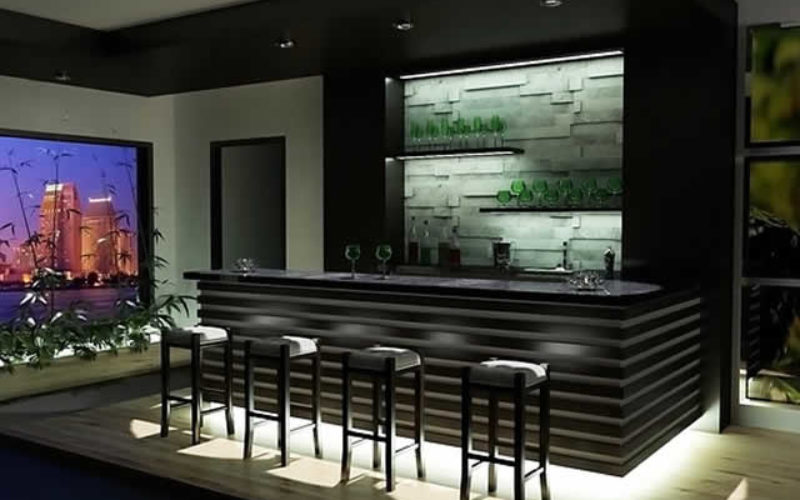 Advice on How to Build Your Own Wood Bar