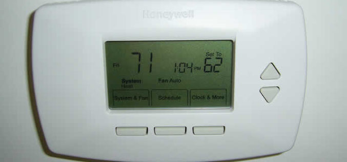 4 Ways a Smart Thermostat Helps You Save Money on Energy Costs