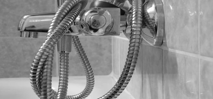 Reasons for Hiring a Plumber to Upgrade the Bathroom Fixtures