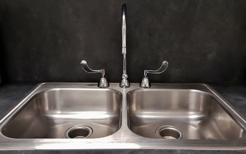 Kitchen Catastrophe: 3 Ways To Avoid The Chaos Of A Clogged Sink