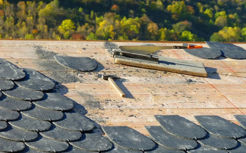 Real Roofing: How to Do the Job Right When Doing It Yourself