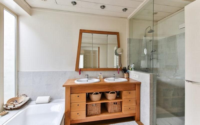 Creative Storage Ideas for Your Bathroom Vanities