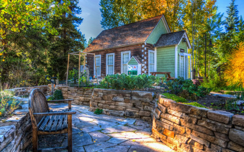 How to Give the Exterior of Your Home a More Natural Look and Feel
