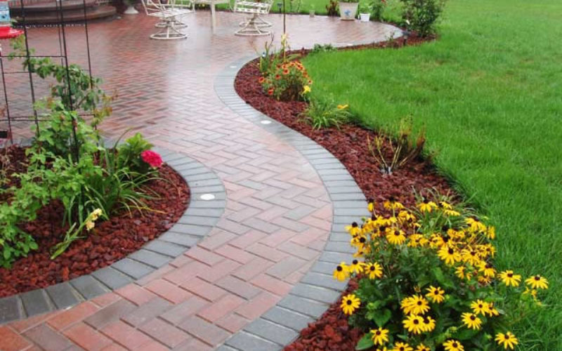 What to Look For While Selecting Professional Services for Landscaping and Paving