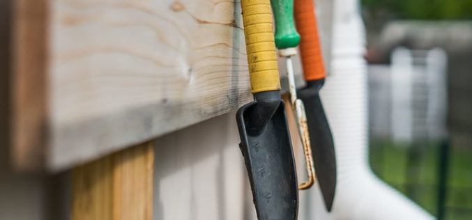 <span>Sunday Morning Tip for July 02:</span> Garden Tools In Your Garage