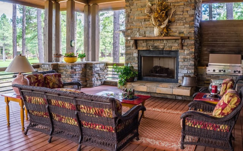 How to Match the Upholstery With Your Patio Furniture