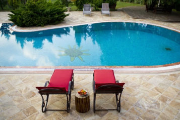Deteriorating Delights: 4 Signs Your Backyard Pool Needs to Be Renovated