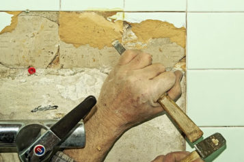 Boring Bathroom? A Short Guide to a Restroom Renovation