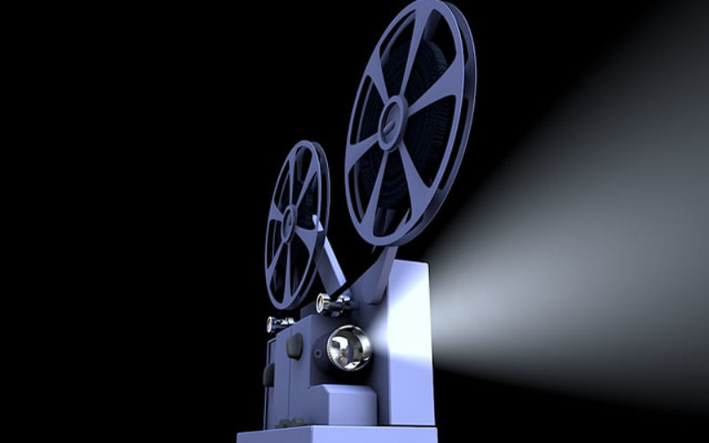<span>Sunday Morning Tip for Dec 10:</span> Christmas In Your Home Theater Room
