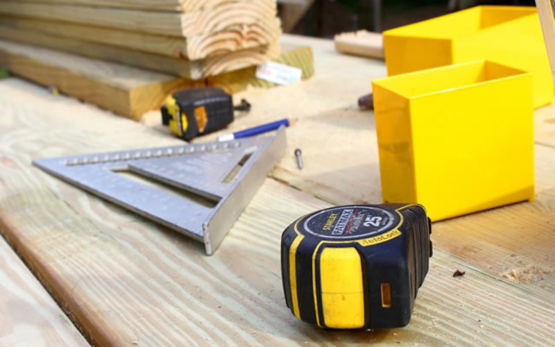 Tempted to DIY? 5 Reasons to Hire a Licensed Contractors for Your Renovation