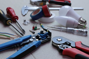 4 Critical Pieces of Equipment You Need for Home Renovations