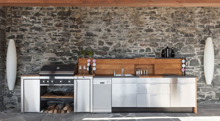 4 Tips for Creating the Perfect Outdoor Kitchen