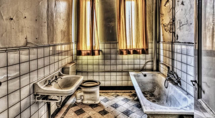 Renovating the Bathroom? 4 Materials You Need for the Job