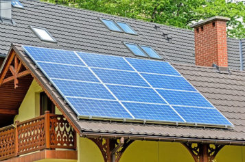 Why DIY Solar Installation May Be The Way To Go