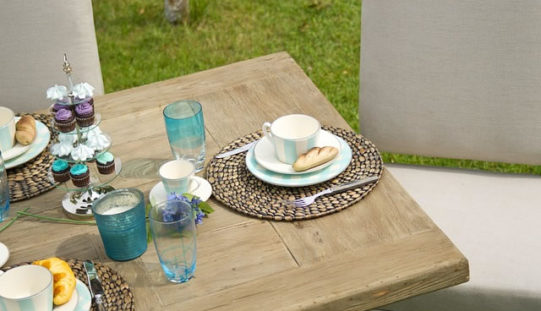 Characteristics that Make Up the Perfect Outdoor Furniture