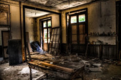 4 Real Reasons to Renovate a Ruined House