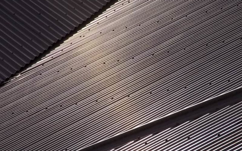 4 Reasons to Consider Installing a Metal Roof over Other Types