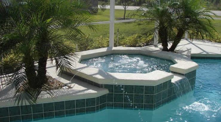 7 Tips to Extending Your Pool Season