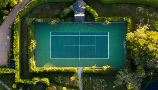 How to Turn Your Garden into a Home Tennis Court?