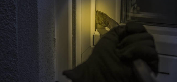 <span>Sunday Morning Tip for Jan 06:</span> Afraid of Theft? How to Ensure Burglars Will Hate Your Home