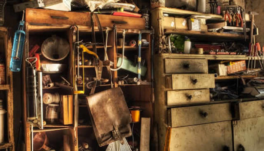 7 Ways to Hang Your Tools In The Garage