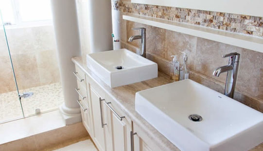 Renovating Your Bathroom? 4 Steps to Prepare the House