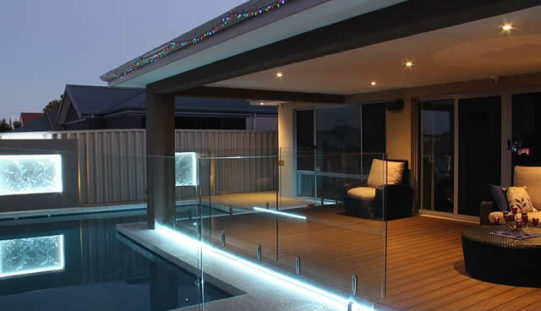 Five Design Ideas for Your Pool Deck