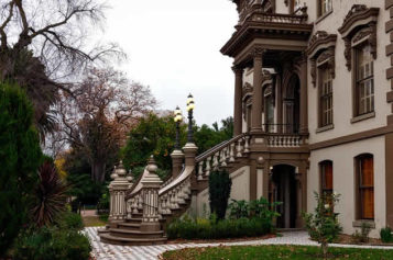 4 Tips for Preserving the Style of a Historic Home While Renovating